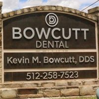 Logo for Bowcutt Dental
