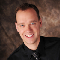 Photo of Dr. Daniel Bryan Gordon