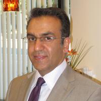 Photo of Dr. Hossein Ahmadian, DDS