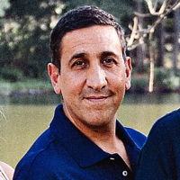 Photo of Dr. Robert Defrancesco, DMD