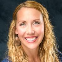 Photo of Dr. Rachel Robison