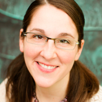 Photo of Dr. Lauren Whitelaw