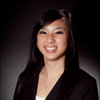 Photo of Dr. Victoria Nguyen