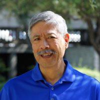 Photo of Dr. Robert Yoneda
