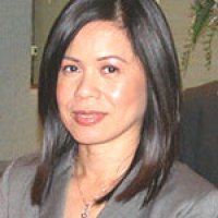 Photo of Dr. Ellen Robles-Felaire
