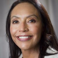 Photo of Dr. Elizabeth Nava, DDS