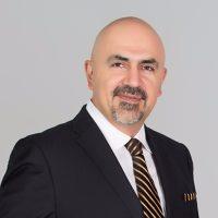 Photo of Dr. Farhad Riazi