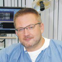 Photo of Dr. Wolodymyr Zin,DDS
