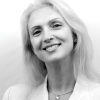 Photo of Dr. Roumiana B. Stoycheva, DDS