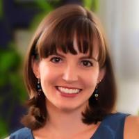 Photo of Kirsten M. Thomas
