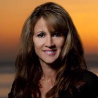 Photo of Dr. Erini P. Redmond, DDS