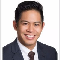 Photo of Dr. Andrew Flores