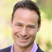 Photo of Dr. Jackson Varady