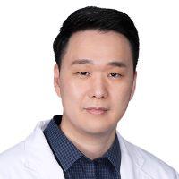 Photo of Dr. Jaisoel Lee