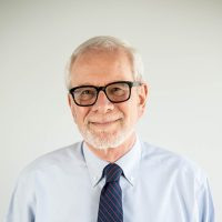 Photo of Dr. Hersh Stemeroff
