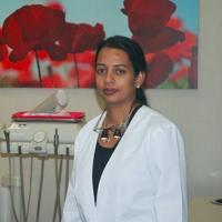 Photo of Dr. Nalini Sutharsan
