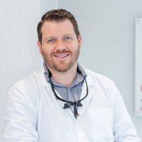 Photo of Dr. Aaron Langdon
