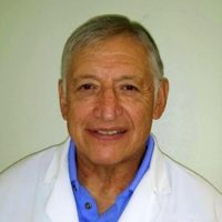 Photo of Dr. Ronald G Deriana, DDS