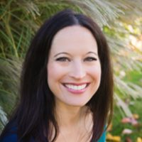 Photo of Dr. Lindsay Barry