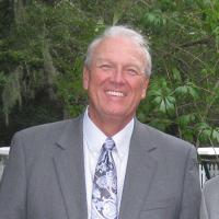 Photo of Dr. Gayle S. Cox Jr., DDS