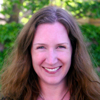 Photo of Dr. Carrie McCrudden