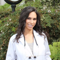 Photo of Dr. Rochelle Skinner