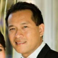 Photo of Dr. Rick Linavong