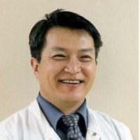 Photo of Dr. Kum Hong