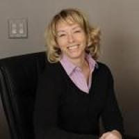Photo of Dr. Tracy E. Schlachta