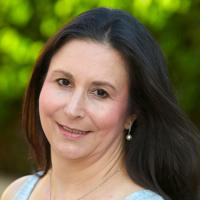 Photo of Dr. Lauren Muhlheim