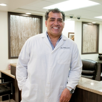 Photo of Dr. Amir Zamani