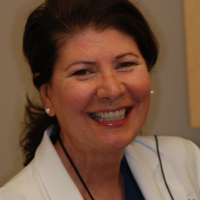 Photo of Dr. Rossana F. Ciampi, DDS