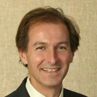 Photo of Dr. Julian Moiseiwitsch