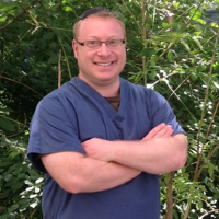 Photo of Dr. David Gil Bloom