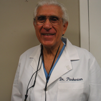 Photo of Dr. Gregory Paskerian