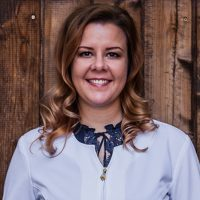 Photo of Dr. Laura Sills-Schnieder