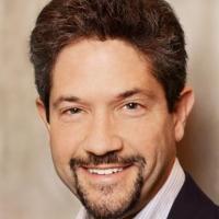 Photo of Dr. Scott Miller