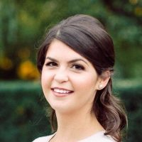 Photo of Dr. Jennifer Snyder