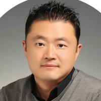 Photo of Dr. Andy W. Lee