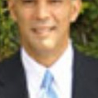 Photo of Dr. Raul Velazquez