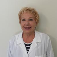 Photo of Dr. Rachel Salzberg