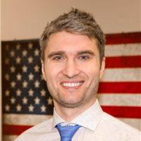 Photo of Dr. Jonathon Einowski