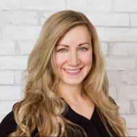 Photo of Dr. Niki Johnston