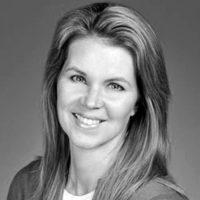 Photo of Dr. Lesley Pollard