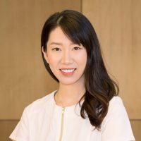 Photo of Dr. Vivian Lu