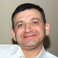 Photo of Dr. Ben Shahnazaryan