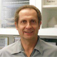 Photo of Dr. Robert Hamilton, DDS
