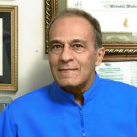 Photo of Dr. Parviz Zandifar, L.AC,Ph.D.