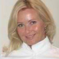 Photo of Dr. Kasia D. Lopez, DDS
