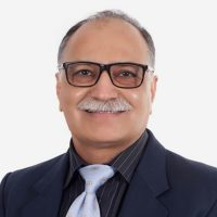 Photo of Dr. Navin Ratra